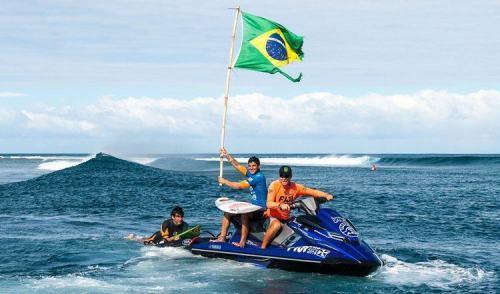 Gabriel Medina dá ao Brasil o primeiro título mundial de surf