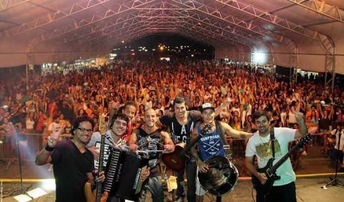 Segundo fim de semana do Ubatuba Fest reúne milhares de pessoas