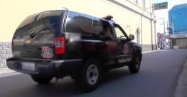 VÍDEO: Rapaz é atingido com tiro na cabeça no centro de Pinda