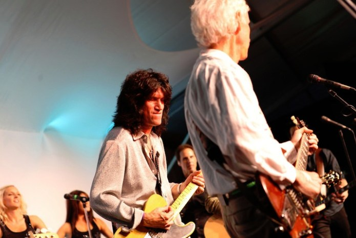 Music brought many together to support Tommy Thayer, who shared the stage with Robby Krieger from the Doors.