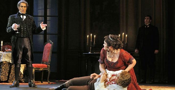 Mark Schnaible as Scarpia, Roger Honeywell as Cavaradossi, Kara Shay Thomson as Tosca. © Portland Opera / Cory Weaver