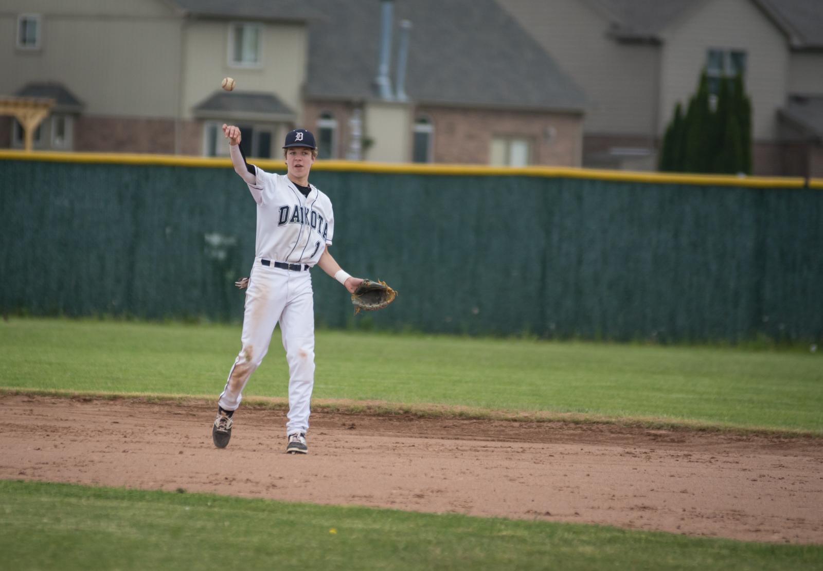 Dakota JV Baseball v Utica-04001