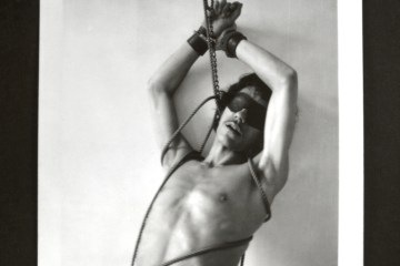 1.-Senza-titolo-boundage-1973-Polaroid
