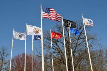 flags-flying-veterans-park