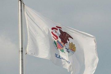 illinois-flag-web-DSC_3277