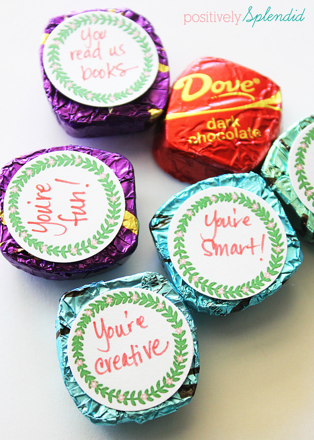 Affix these free printable tags displaying sweet sentiments to Dove chocolates and package in a Mason jar for a fun teacher appreciation gift. #SharetheDOVE