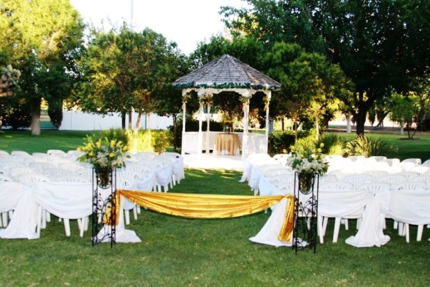 in How to decorate your outdoor wedding