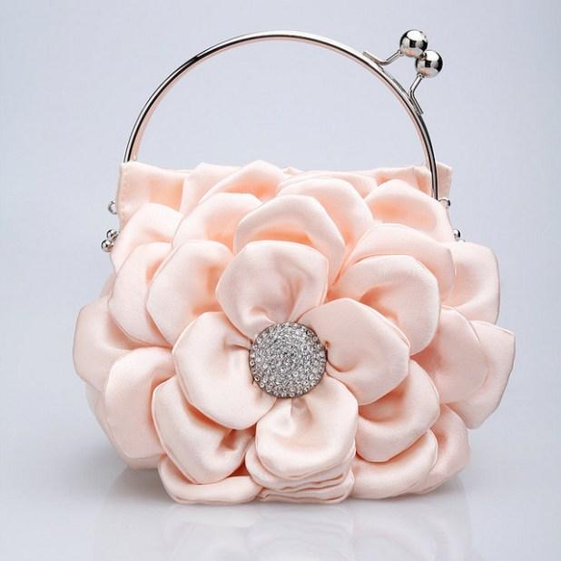 7730456154_10369150b3_z 50 Fabulous & Elegant Evening Handbags and Purses