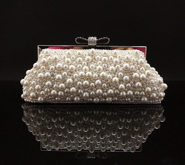 Fashion-Beaded-font-b-Evening-b-font-Bags-Imitation-Pearls-Embroidery-Beads-Clutch-Handbags-with-Chain 50 Fabulous & Elegant Evening Handbags and Purses