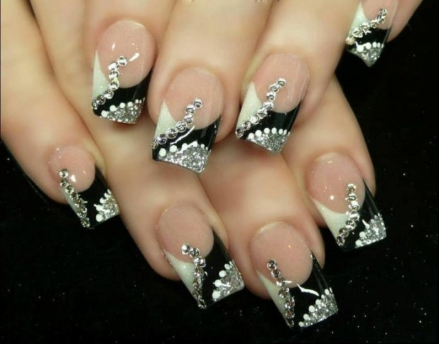 Nail-Art-Designs-for-Christmas19 What Are the Latest Beauty Trends for 2014?