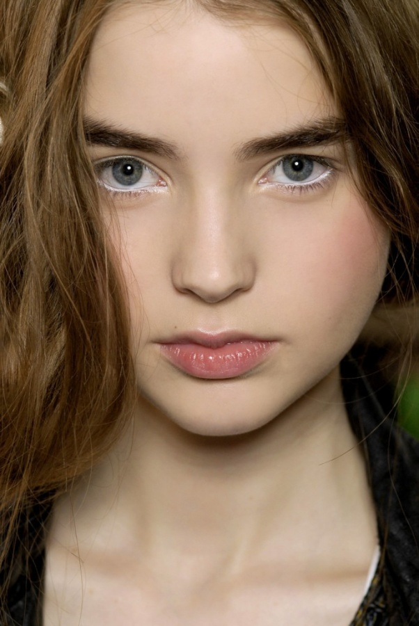 white-eyeliner-685x1024 What Are the Latest Beauty Trends for 2014?