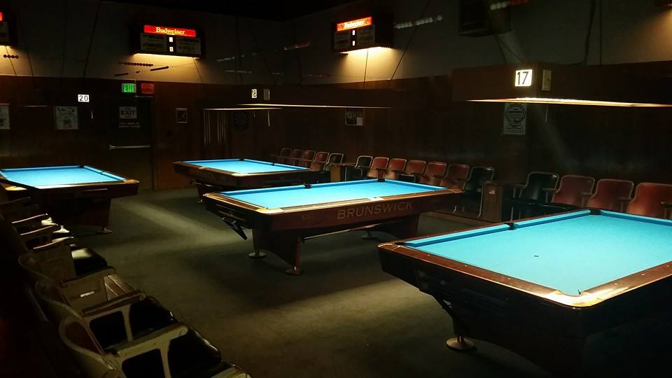 Jointed Cue ACTION ROOM