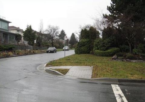 Sidewalk Fail 4