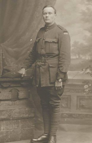 Sgt Harry Percy Walker - 3695 - 11th Battalion - WIA 23-25 July 1916 - Taken POW April 1917