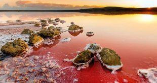 ocaravajuce-jezero-koje-kao-da-se-nalazi-na-marsu_1433845694