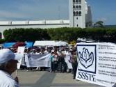 Basta de criminalizar a l@s trabajador@s de la salud. Marchan médicos en Tuxtla