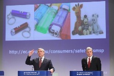 Antonio Tajani and Tonio Norg present the new proposal