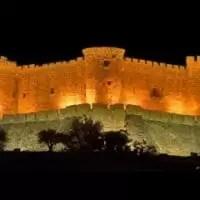 Castillo de Mombeltrán de noche