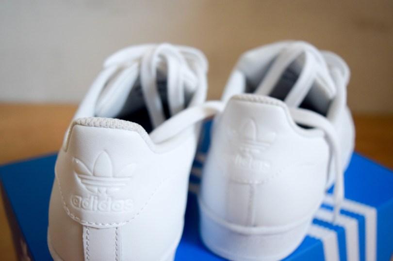 Een kleine uitbreiding van de schoenenverzameling // Precies Lies