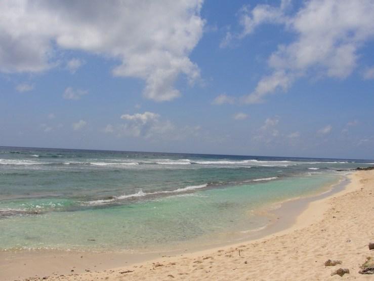 Uma das praias perto do hotel