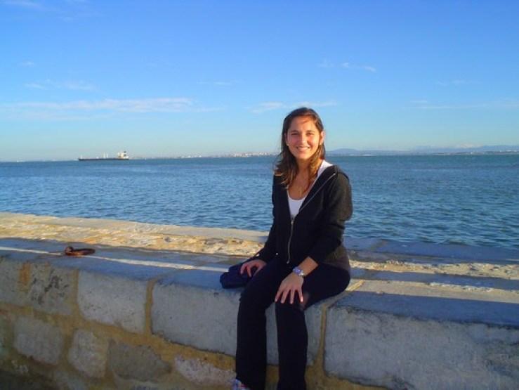 Essa foi uma das primeiras fotos que tirei em Lisboa (na beira do Rio Tejo). 10 anos se passaram e eu olho para trás e vejo que fiz tanta, mas tanta coisa que não dá nem para pensar em reclamar.