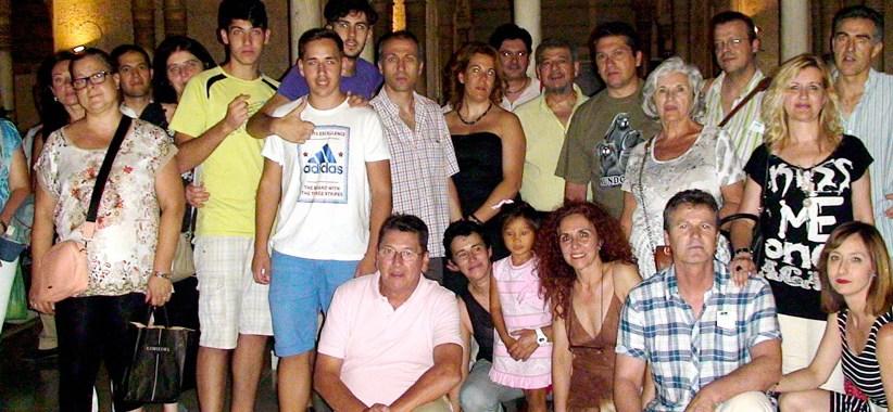 Visita de los vendedores de prensa a La Alhambra de Granada