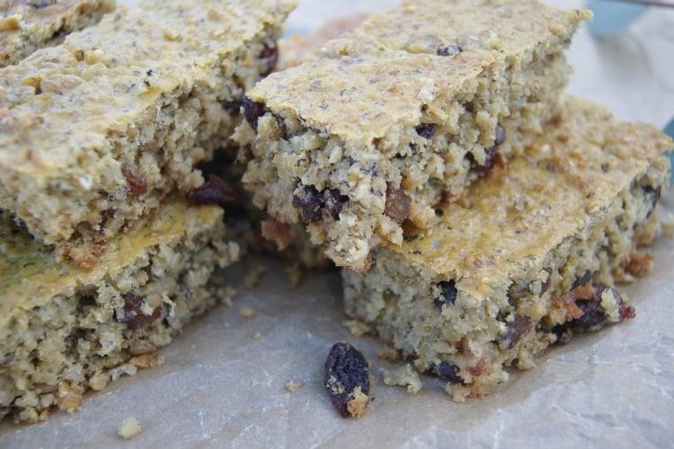 Soaked Oatmeal Breakfast Bars (Sugar Free)