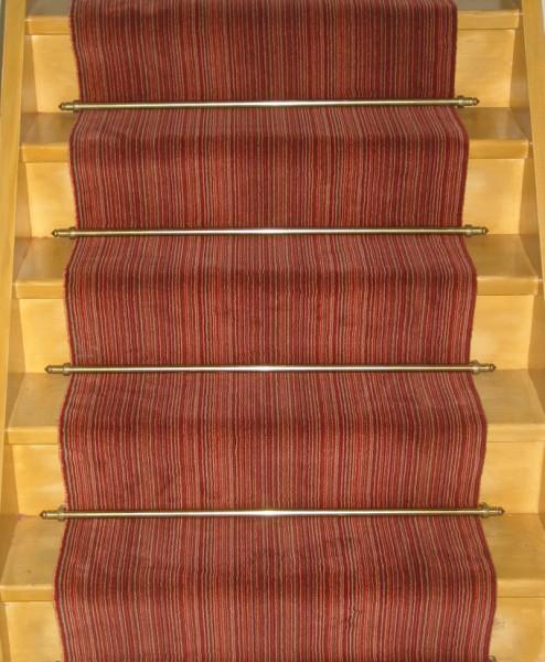 Savoir poser la moquette sur l 39 escalier for Moquette sur escalier