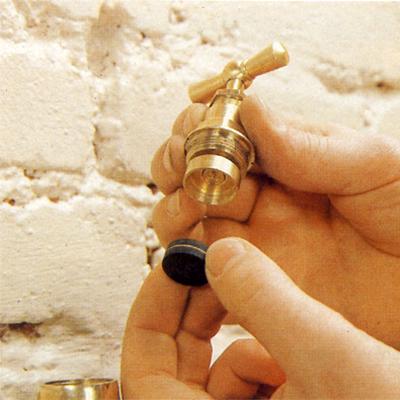 Remplacer les joints de robinet et m langeur - Changer tete de robinet de jardin ...