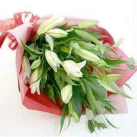 WE027._white-lilies-hand-bouquet-birthday-flower  HB37