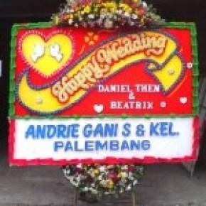 Kirim Bunga Papan Wedding di Tebet Jakarta Selatan (BPW-79)