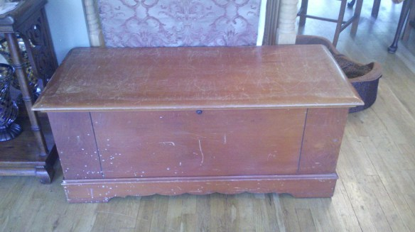 PAWS  curb find 1939 lane hope chest