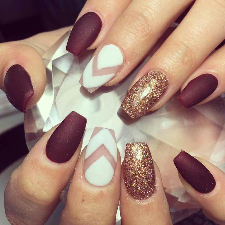30 Amazing Burgundy Nail Designs for Women 2018   Pretty Designs 30 Amazing Burgundy Nail Designs for Women 2018