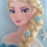 15 Amazing Frozen Inspired Cakes