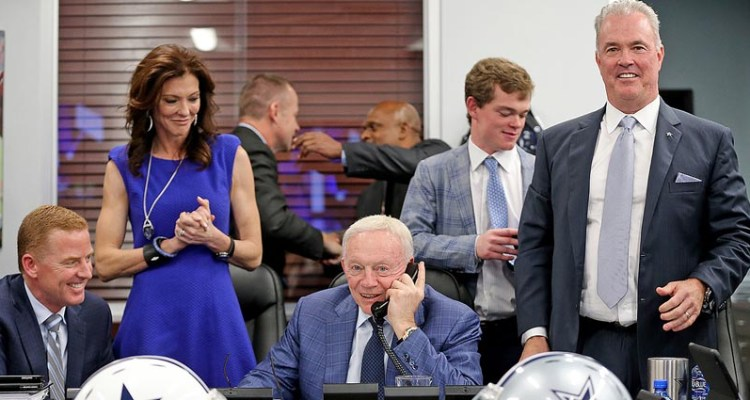 cowboys-war-room