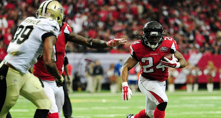devonta-freeman-vs-saints