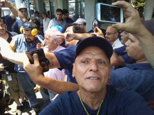 La presencia del Antonio Caló, secretario general de la UOM, nacionalizó el conflicto y ayudó a normalizar la situación laboral de los cesanteados.