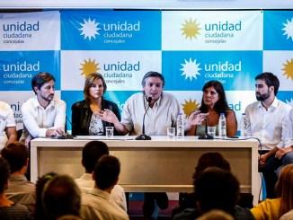 Máximo Kirchner con concejales