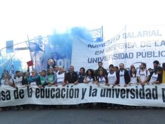 Las universidades de todo el país están de paro y el viernes proyectan una gran marcha a Plaza de Mayo