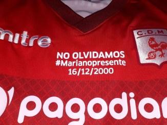 Homenaje a Mariano Guaraz