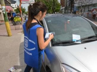 Los comerciantes del centro comercial de Ituzaingó están molestos con el fuerte aumento en el estacionamiento medido