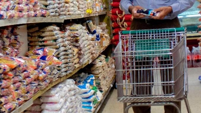 La gente va a los supermercados a comprar lo que puede, no lo que quiere: otro dato lapidario del momento económico