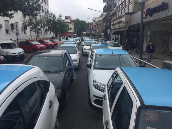 Protesta de taxistas en Morón