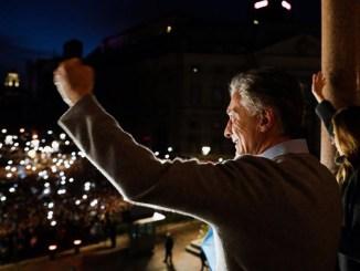 Macri en el balcón