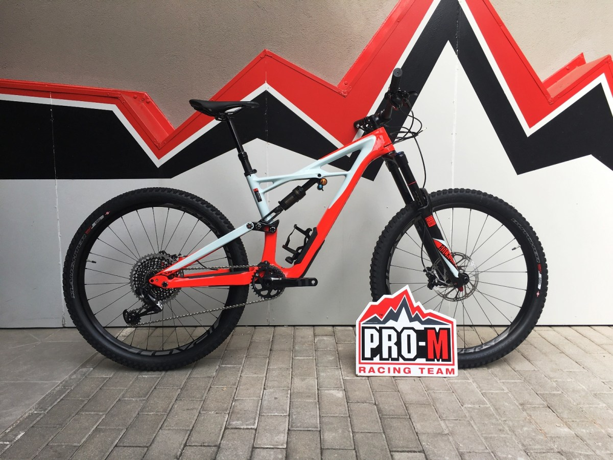 enduroprocarbon650b_medium_red_blue_13830