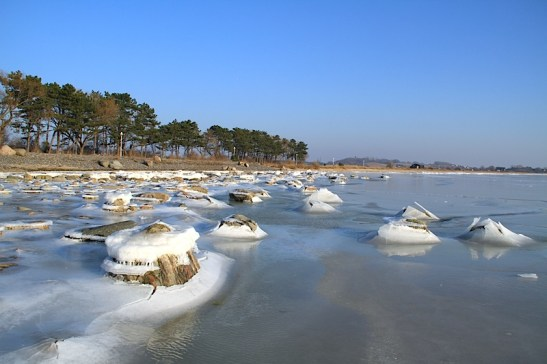 Winter 07 Eis Ostseebad Thiessow Insel Ruegen