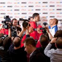 Klitschko vs. Leapai press conference photos, video & notes, including Shannon Brigg's odd appearance