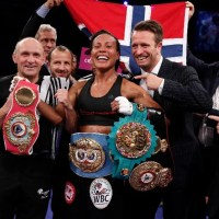 Results & photos: Cecilia Braekhus wins undisputed women's welterweight championship