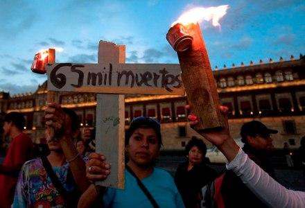 La Caravana por la Paz a su llegada al Zócalo del D.F. Foto: Germán Canseco