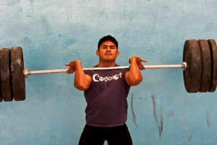 El pesista Lino Montes . Foto: Aarón Cadena Ovalle